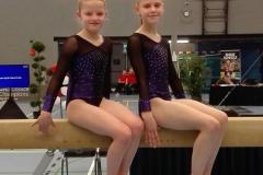 turnengymsportdokkum-Anne Jeannette Bouma, Fenna Hoekstra