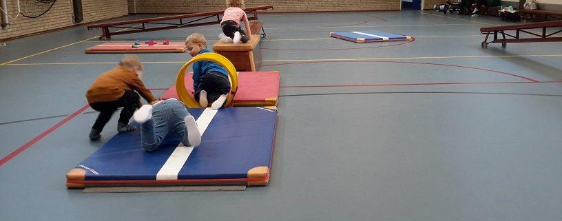 Hedendaags Elke dinsdagochtend is er van 10.00 tot 10.45 peuter gymnastiek in MU-86